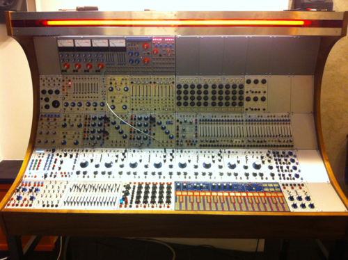 Buchla200_at_ems
